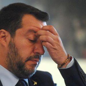 Salvini, scaricato anche dai sovranisti, da pugile a sparring partner che prende le botte