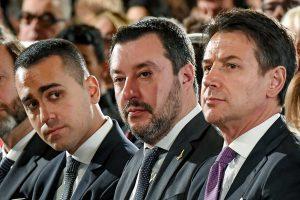 Matteo Salvini, Luigi Di Maio e il premier Giuseppe Conte