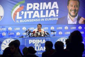 Salvini mobilita la piazza: 15 ottobre manifestazione a Roma