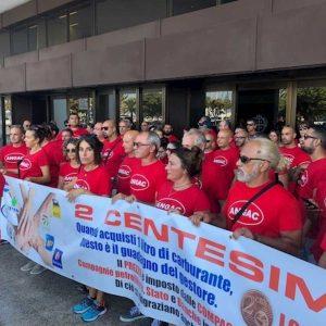 Sciopero tre giorni benzinai in Sardegna