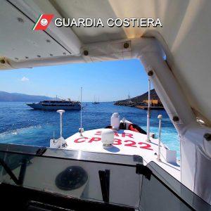 Eolie scontro traghetto yacht