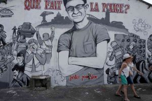 Emmanuel Macron blues: Benalla, il ritocco di Brigitte, il giovane morto nella Loira