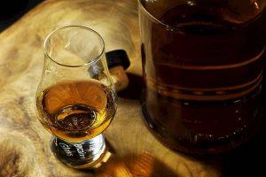 Lingua artificiale riconosce le differenze di gusto tra whisky: ti dice se è invecchiato 12, 15 o 18 anni