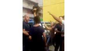 Vittorio Brumotti e troupe striscia notizia aggrediti pescara