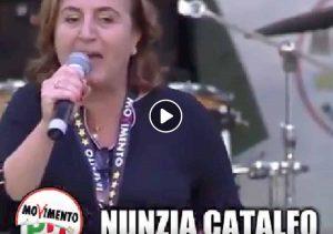 """Matteo Salvini, attacco a Nunzia Catalfo e invito ai sindaci leghisti: """"Non prendete rifugiati"""""""