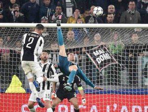 Cristiano Ronaldo gol rovesciata Juventus meglio di fare...
