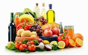 Dieta contro le malattie (cancro, diabete e non solo): quali alimenti per combatterle, quali per prevenirli