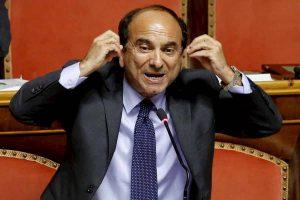 """Domenico Scilipoti a Giorgia Meloni: """"Io trasformista? Quando votai per Berlusconi le salvai il posto"""""""