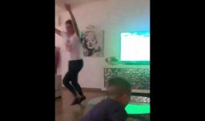 famiglia dzeko esulta dopo gol