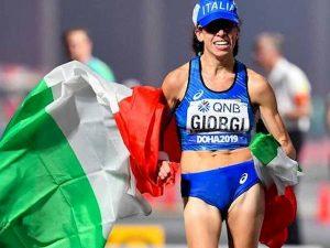 Mondiali Atletica Doha, Eleonora Giorgi bronzo nella 50 km di marcia: è la prima medaglia azzurra