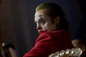 Joker, proibite maschere e costumi al cinema: negli Usa si teme ondata di violenza