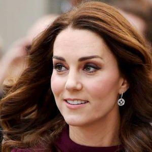 Kate Middleton incinta per la quarta volta: lo rivela la figlia Charlotte
