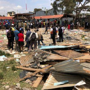 Le macerie della scuola crollata a Nairobi