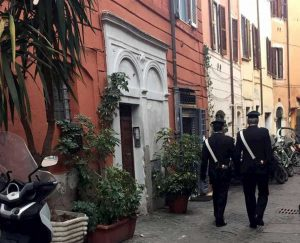 Roma, furto in appartamento: baby rom arrestati, avevano mille euro in tasca