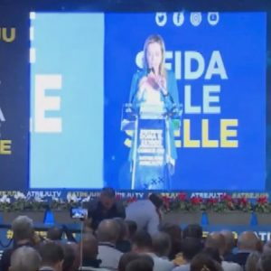 """Giorgia Meloni: """"Il PD voleva rimandare Di Maio al San Paolo, l'hanno mandato a San Paolo del Brasile"""""""