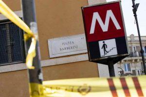 Metro Roma si rompe sempre perché ci mangiano sopra