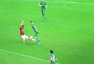 Milan Fiorentina Musacchio espulsione var fallo Ribery piede martello