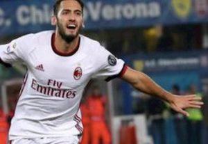 Milan Inter Calhanoglu gol annullato Kessie mano