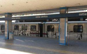 Aggressione sul treno Roma-Ostia