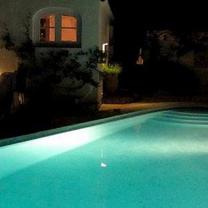 Minorca, turista inglese trovato morto nella piscina della sorella di Richard Branson (Virgin)