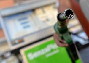 Tortoreto: tredicesimo furto alla pompa di benzia