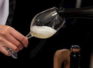 Prosecco o Valdobbiadene? Battaglia commerciale sul vino