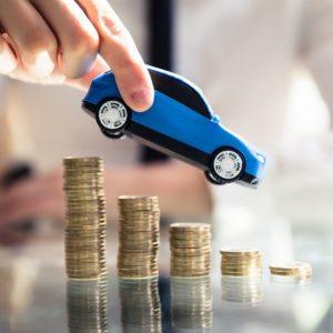 Rc auto prezzo medio scende