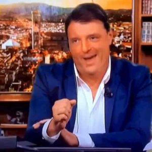 Striscia la Notizia confeziona e manda in onda il finto Renzi. Per molti è il vero. Che gioco è?