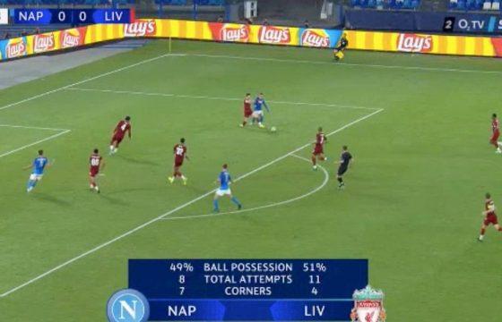 Rigore Napoli Liverpool Callejon Robertson foto var