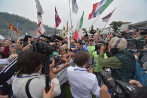 Salvini Pontida referendum insulti Mattarella