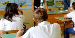 Modena, pugno nello stomaco al prof: denunciato studente di 17 anni