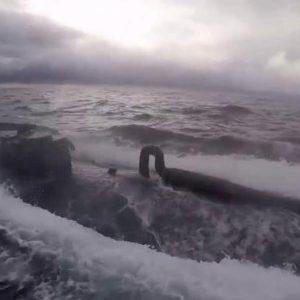 Sottomarino con mezza tonnellata di cocaina intercettato nel Pacifico da Guardia costiera Usa