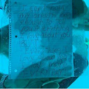 Proposta di matrimonio sott'acqua finisce in tragedia: ha malore e muore annegato