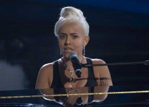 Tale e Quale Show: Lidia Schillaci nei panni di Lady Gaga vince la prima puntata. La classifica