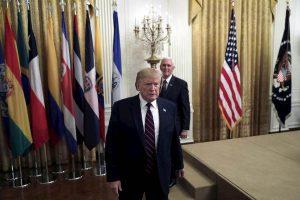 """Trump, """"voglio incontrare la talpa"""""""