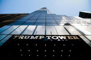 Ladri alla Trump Tower, doppio furto ai vicini del Presidente: spariti gioielli da 350mila dollari