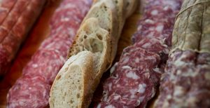 Rischio salmonella, lotto di salame ritirato: l'annuncio del Ministero della salute