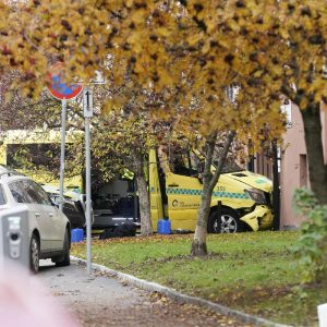 L'ambulanza rubata a Oslo, ansa