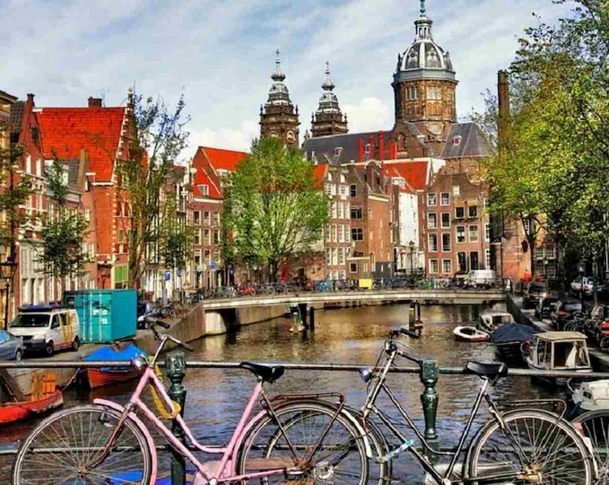 Tassa di soggiorno, Amsterdam supera anche Roma: 7% stanza ...