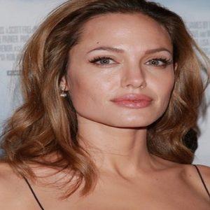 Angelina Jolie, Instagram