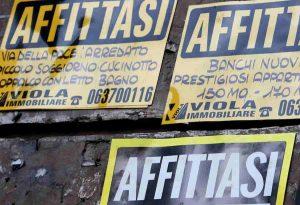 """Milano, affittasi camera singola a 500 euro al mese. Ma """"SOLO A ITALIANE"""""""