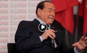 Silvio Berlusconi, VIDEO barzelletta sulle svedesi, Carletto e Viagra...per parlare di Greta Thunberg