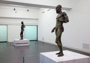 """Le Iene, la testimonianza sui Bronzi di Riace: """"Una terza statua venne venduta agli Usa"""""""