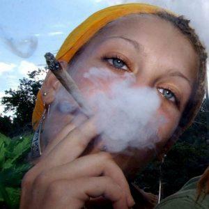 Cannabis in gravidanza, effetti psicotici sul nascituro
