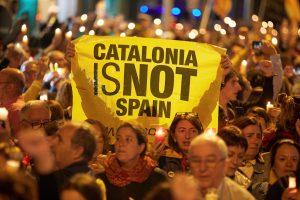 Catalogna spagna cariche polizia