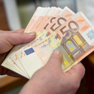 Manovra: lmite contyante a 2mila euro. Nel 2022 a mille