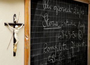 """Crocifisso a scuola, Paolo Brosio contro Fioramonti: """"Si deve dimettere. Gesù si è sacrificato per la nostra salvezza"""""""