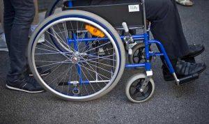 Foggia, rubato il motorino della carrozzina a un disabile