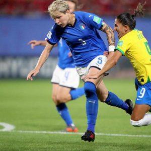 Dribbling Elena Linari omosessuale calcio femminile