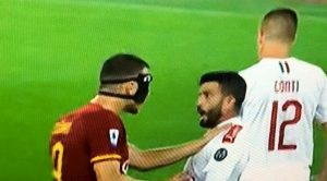Dzeko Musacchio Roma Milan spinta mani collo lite scintille